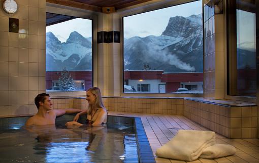 Canmore Ski Lodge