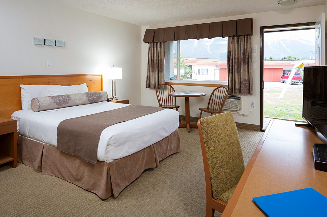 Hotel Rooms In Canmore Alberta