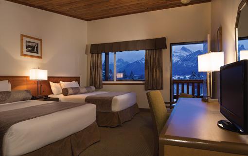 Hotel Room 2 Queens