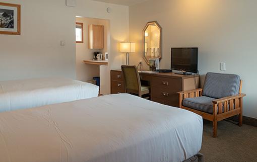 Hotel Room 1 Queen & 1 Twin